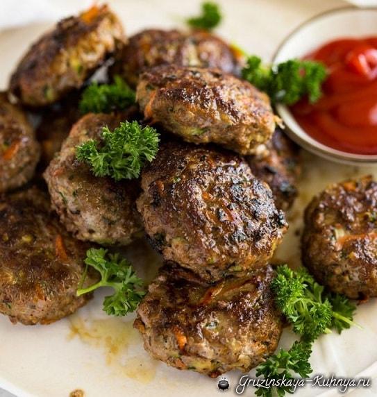 Котлеты из говядины с овощами (1)