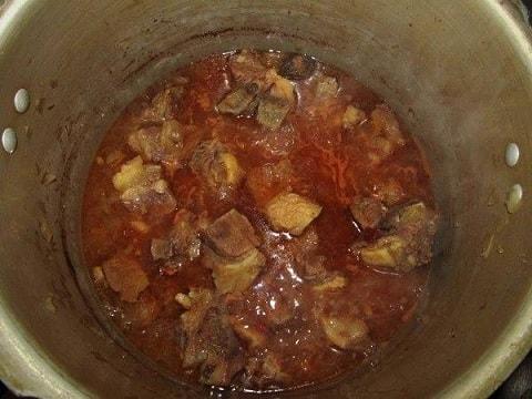 Соус из говядины с картошкой по-грузински (3)