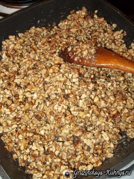 Гозинаки из грецких орехов. Грузинский рецепт (8)