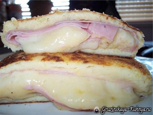 Картофельный рулет с сыром и ветчиной (2)