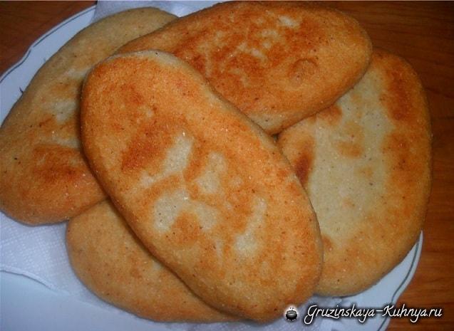Мчади - одно из основных блюд грузинской кухни (2)