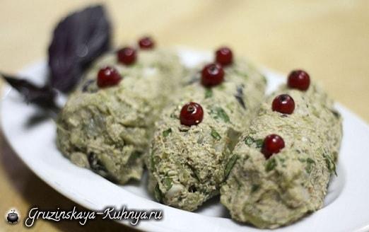 Зеленое лобио с орехами (2)