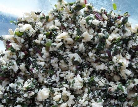 Хачапури с сыром и свекольными листьями (10)