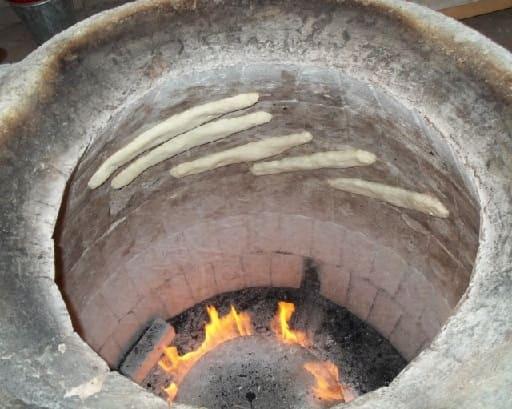 Лобиани из тонэ по-грузински (2)
