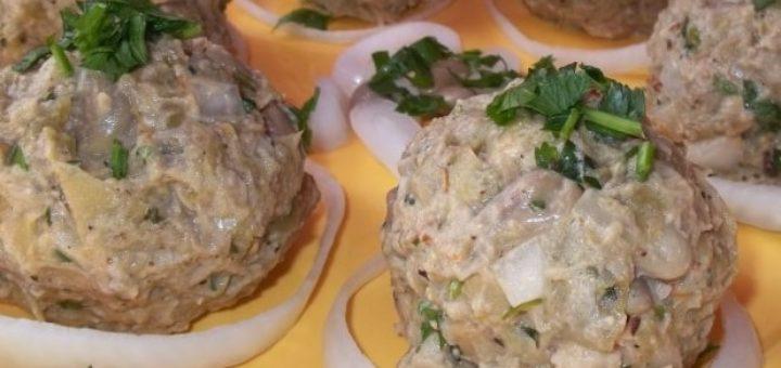 Шарики пхали из зеленой фасоли с орехами (3)
