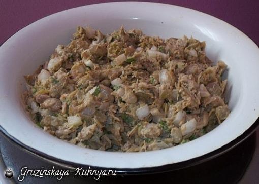 Шарики пхали из зеленой фасоли с орехами (5)