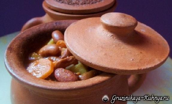 Суп лобио с овощами и специями (6)
