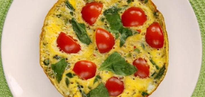 Омлет со спаржей и помидорами (1)
