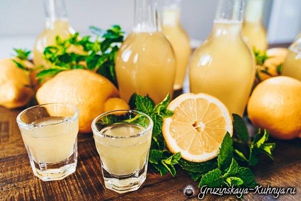 Лимонная настойка с рапсовым медом