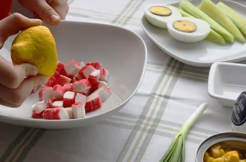 Салат из крабовых палочек (3)
