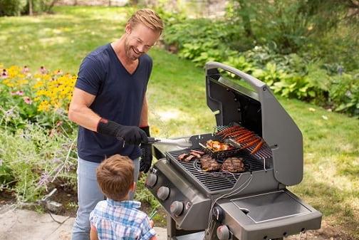Почему лучше готовить на гриле с закрытой крышкой (1)