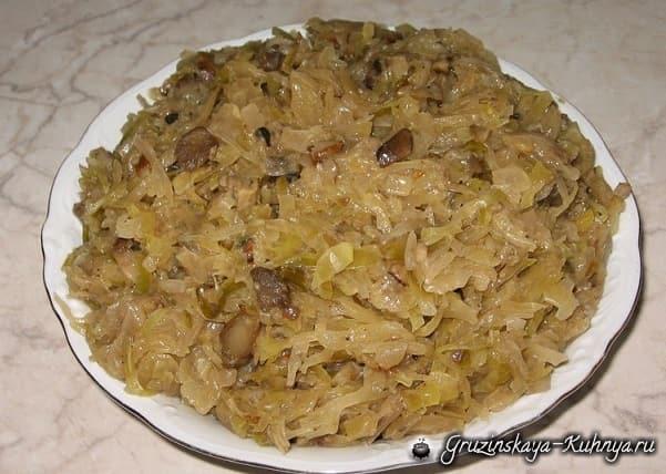 Блинчики с грибами и квашеной капустой (3)