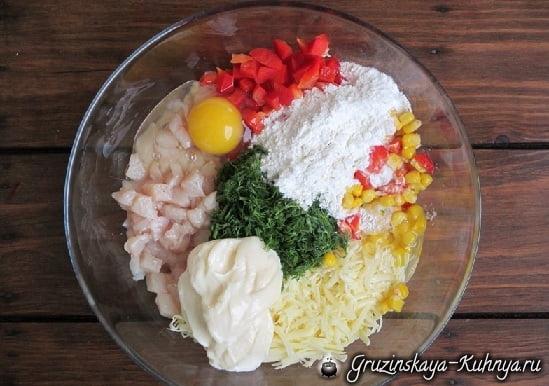 Куриные котлеты с сыром и кукурузой (1)