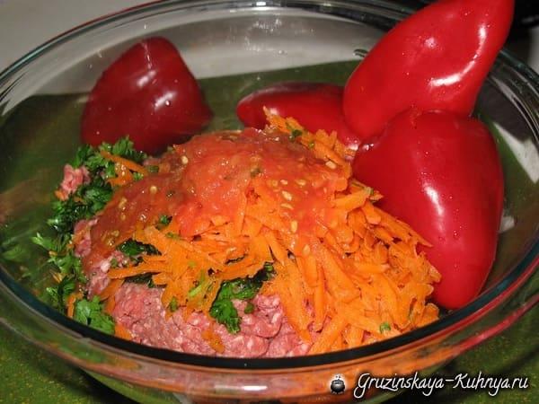 Толма из красного болгарского перца (1)