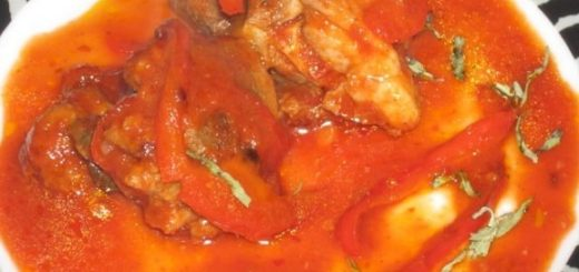 Жареная курица в остром соусе