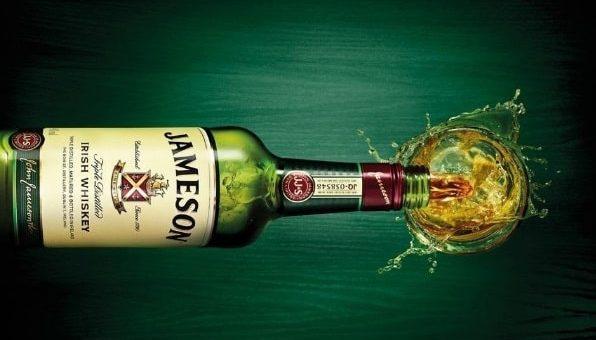 Какой виски выбрать на подарок и где его купить